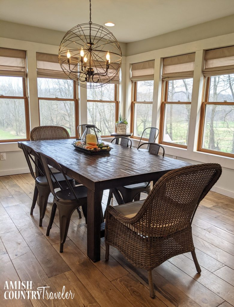 amish country Airbnb dining room - cabin in Holmes County, Ohio